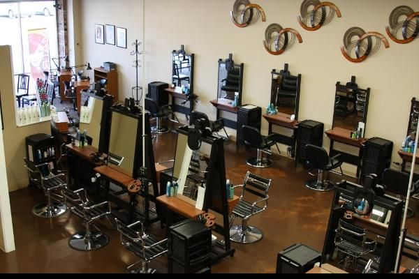 How to Compare the Best Schools for Cosmetology in Overland Park, KS