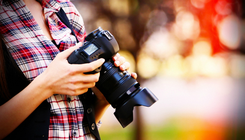 Key Equipment That Professional Photographers Use