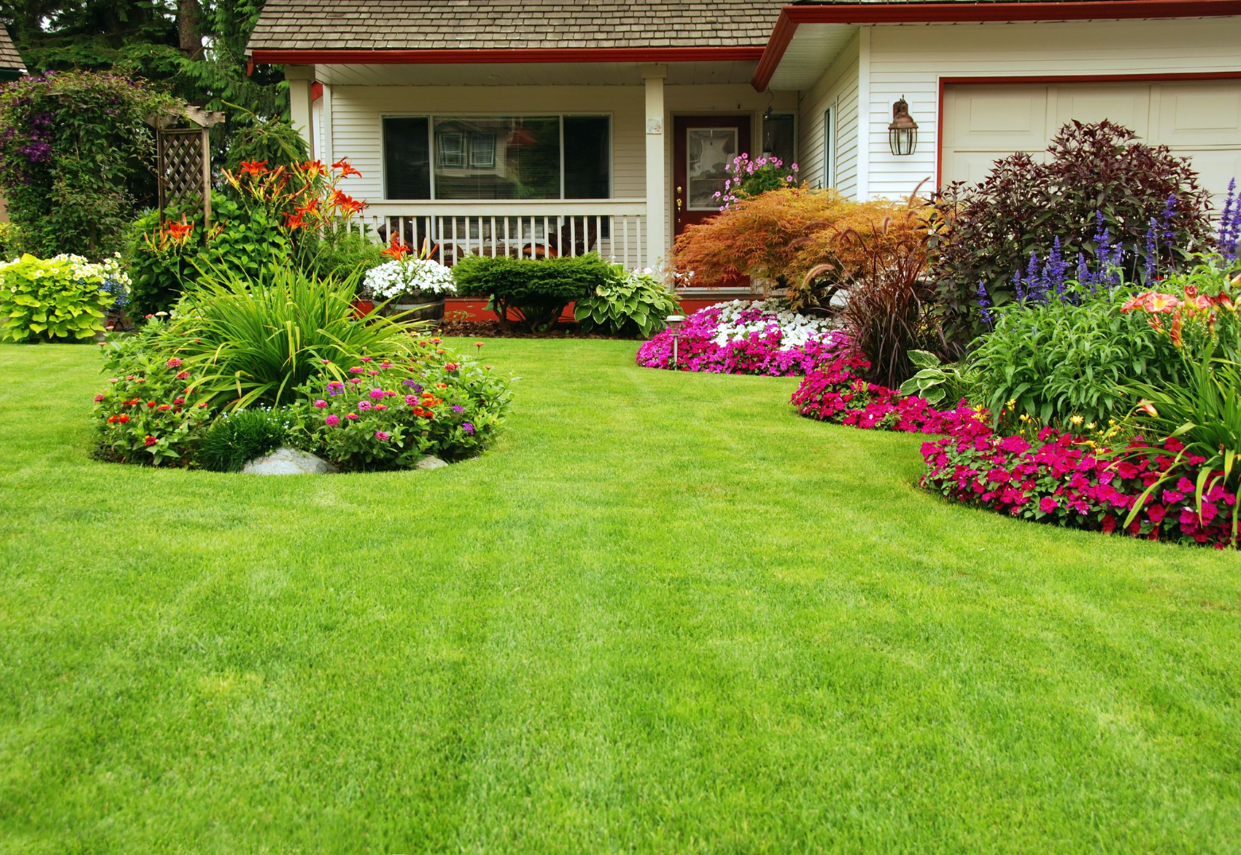 3 Ways That Professional Landscaping in Boston Benefits Homeowners