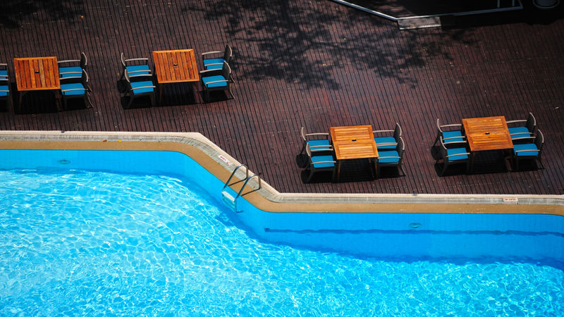 3 Smart Reasons to Contact Pool Contractors in Tampa Florida