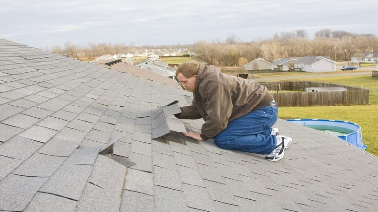 The Benefits Associated with Shingle Roofing in Gainesville, FL