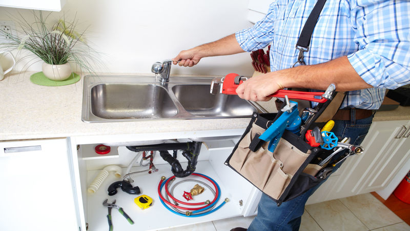 Signs All Homeowners Should Remember for Plumbing Repairs in Nederland, TX