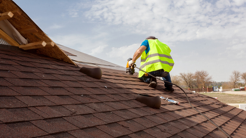Use a Roofer in East Hampton, NY, When You Need a Job Done Right