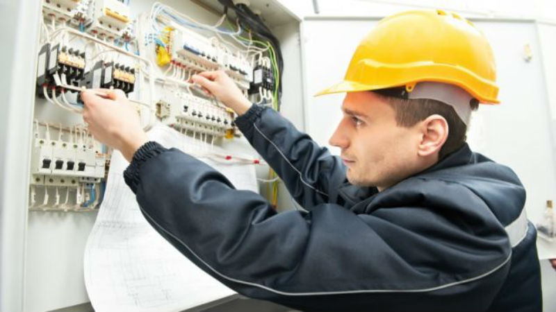 A Commercial Electrician In Newnan GA Can Provide A Lot Of Help