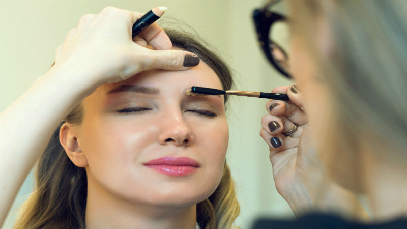 FAQS ABOUT THE ESTHETICIAN PROGRAM AND MICRODERMABRASION IN COURSES