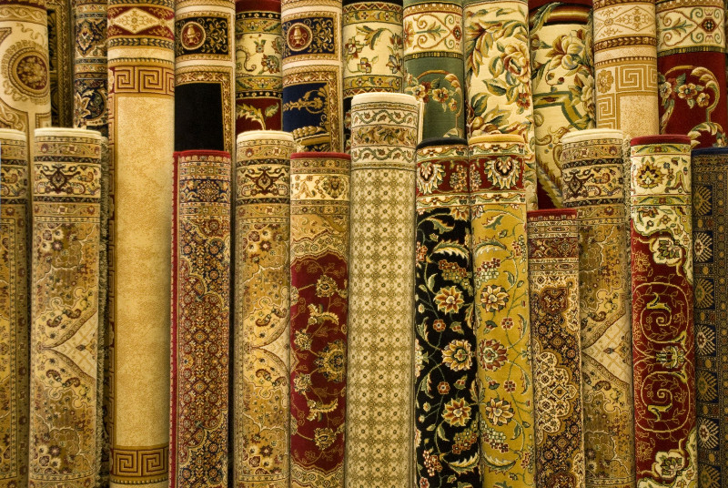 Bored of Your Home Decor? Liven Up Your Living Room With Persian Rugs