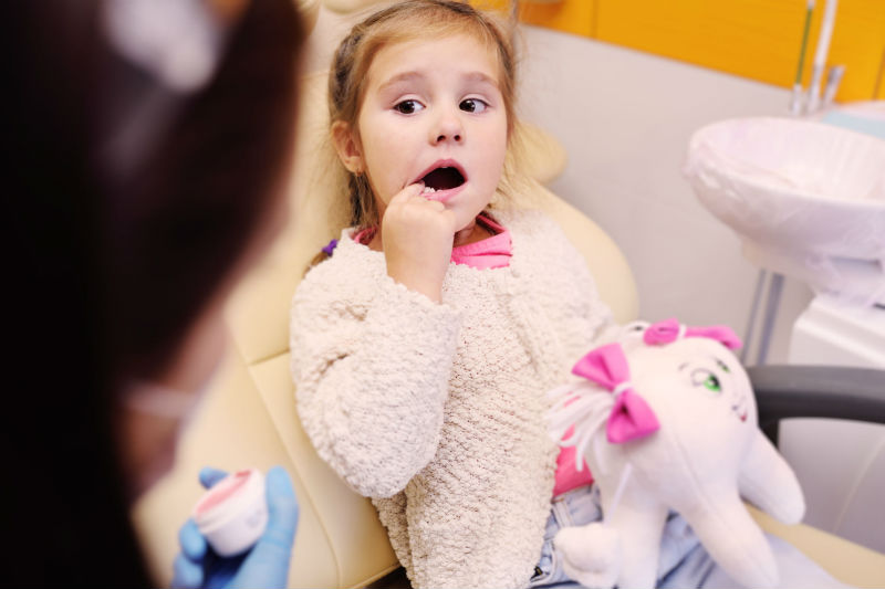 Signs Your Child Needs to Go to the Dentist in Orland Park