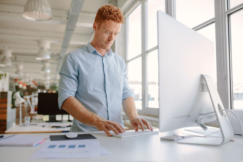 Time to Revitalize Your Workspace in the USA: Ergonomic Standing Desk Style